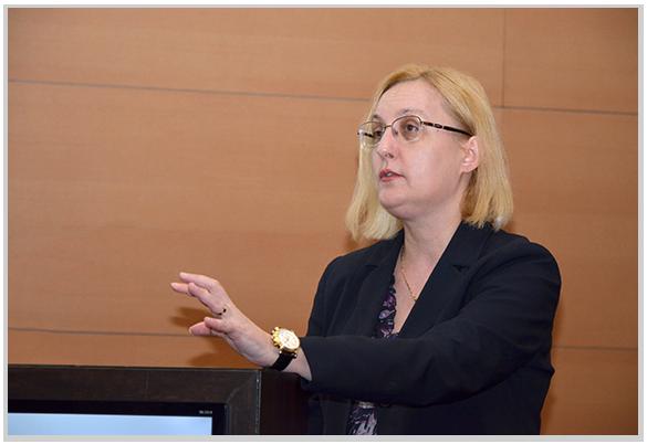 Conf. dr. Cornelia Bala